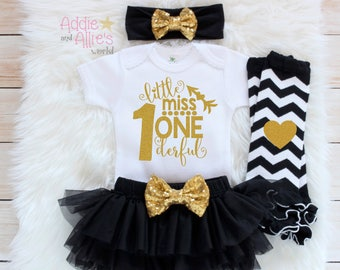 Black and Gold 1st Birthday Girl Outfit, First Birthday Outfit Girl, 1st Birthday Outfit, First Birhday Bodysuit, First Birthday Girl, B6B