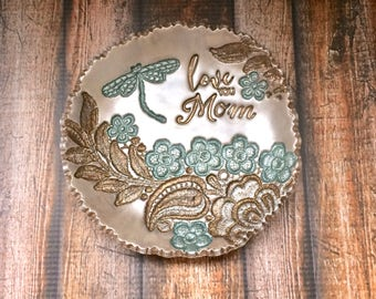 Love You Mom Vintage Lace Flower Garden Dragonfly Jewelry Holder Ring Dish Personalized Gift For Her, Moss Aquamarine Antique Bronze Pearl