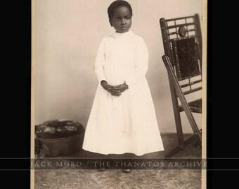 Black Americana / Antique 1880s Photo Beautiful Serene African American Girl