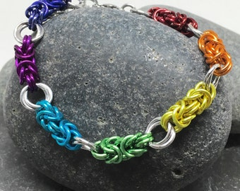 Chainmaille Bracelet, Byzantine Bracelet, Rainbow with Mobius Flower, Rainbow Bracelet, Rainbow Chainmail