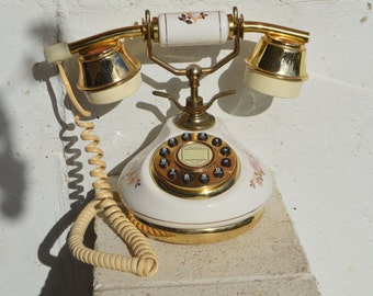 Vintage French Princess Telephone