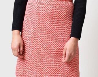 1960s Red Herringbone Tweed Skirt 60s Vintage High Waist A Line Skirt Mod Preppy Waist 26 S