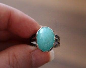 Amazonite Ring, Sterling silver ring, elegant jewelry, Modern ring, blue green stone, minimalist ring, split band, aqua stone