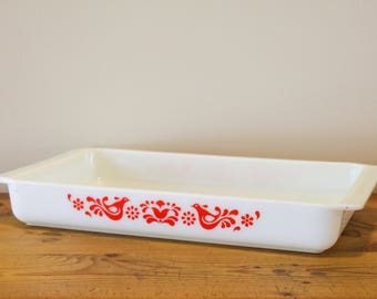 Rare Vintage Oblong Pyrex Baking Pan / Lasagna Dish - Friendship Pattern