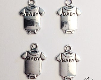 10 baby shirt onesie charms - SCB113