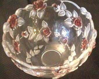 Large Rose Pattern Bowl