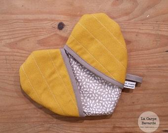 mustard-yellow heart Potholder