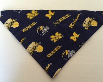 Dog Bandana, Michigan Wolverines