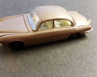 Matchbox Series No 28 Jaguar MK10 Made in England Lesney NEAR MINT