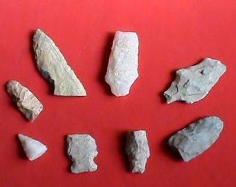 Lot of 8 authentic North Carolina Indian arrowhead relics lot. Original Woodland period artifacts