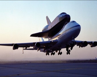 16x24 Poster; Nasa 747 Space Shuttle Carrier Aircraft 911 With Endeavour 1991