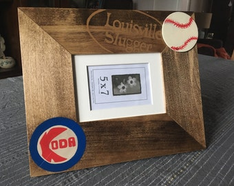 Chicago Cubs; Cubs; baseball; Custom hand-painted Cubs frame; Chicago Cubs frame; Chicago Cubs theme frame; hand-painted picture frame