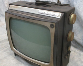 1964 Admiral Playmate TV Model PG1310 B/W Vintage Electronics Parts Repair