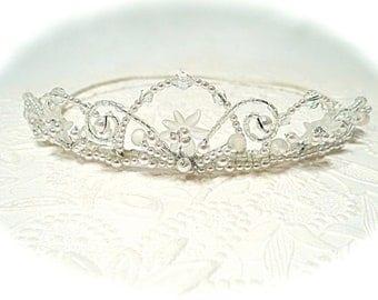 White Crystal Crown Bridal Tiara Pearl Tiara Vintage Tiara VA-239