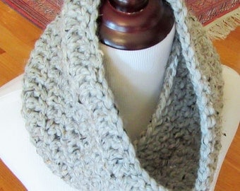 Chunky Cowl, Crochet Cowl, Handmade Scarf, Neck Warmer, Gray Cowl, Snood, Winter Accessory, Women's Gift Item, Crochet Gift Item