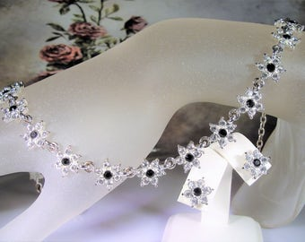 NAPIER, Jewelry Set, Black & White Rhinestones, Flower Necklace, Flower Earrings, Rhinestone Necklace, Rhinestone Earrings, Vintage Set