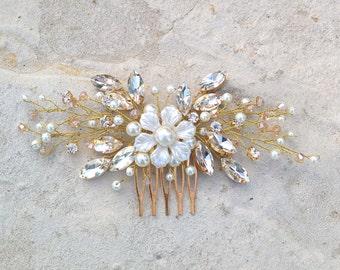 Bridal Comb, Wedding Hair Comb,  Swarovski Comb, Pearl Comb, Bridal Flower Headpiece, Wedding Flower Comb, Crystal wedding headpiece- LILIA