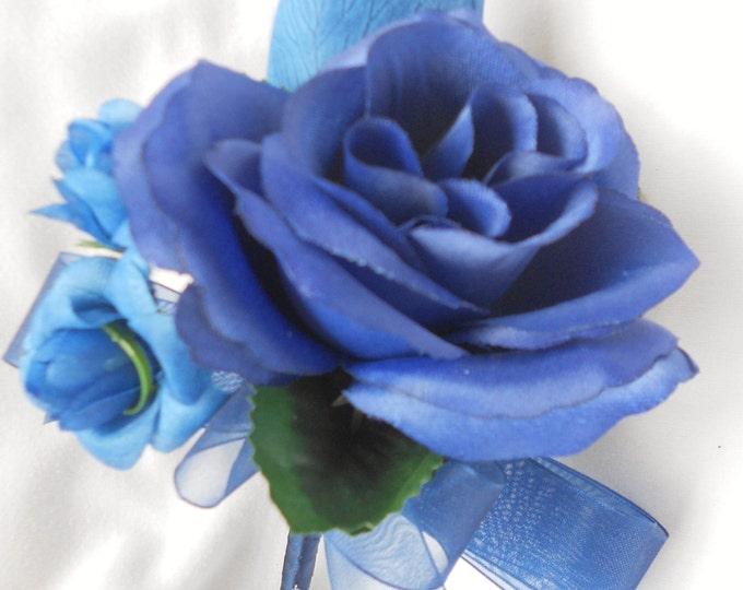 Corsages set of 6 roses  royal blue