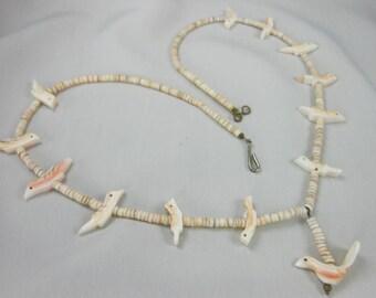 """Vintage ESTATE Shell BIRD Fetish Fine HEISHI Necklace 19 3/4"""" Lovely Coloring"""