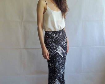 90s Vintage Layered Black and White Stretchy Maxi Long Skirt