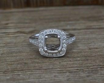 18K White Gold & Diamonds Engagement Ring Semi Mount 3.4 grams  0.45cttw