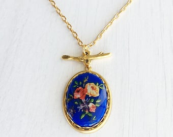 Vintage Rose Flower Cameo Necklace, Retro Rose Blue Pendant, Red Yellow Flowers Gold Necklace