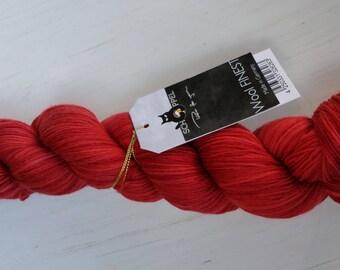 Round Red · WoolFinest