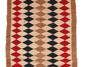 ON SALE 20% Off 2.5' x 5.10' ( 76cm x 183cm) hand made antique American-Indian Navajo rug 1920