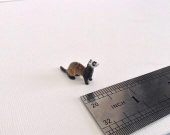 Miniature Ferret-Tiny handmade figurine - Weasel figurine - Animal Sculpture - Collectible Figurine - OOAK.