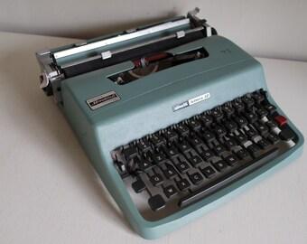 "Vintage 60' portable greenOlivetti ""Lettera 32"" manual typewriter"