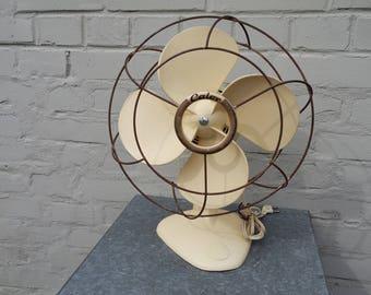 Vintage 60' Calor France electric table fan