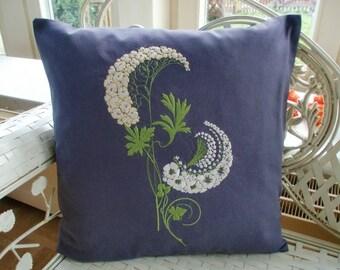 Pillowcase canopy flower
