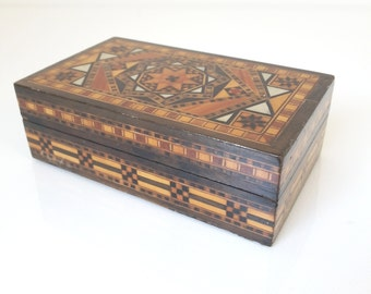 vintage wooden inlaid box, trinket box, jewelry box, marquetry box