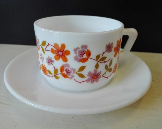 Arcopal scania, Cup and saucers,