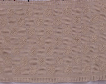 100% cotton, handmade tablecloth. Crochet. Beautiful pattern. Made with care and love.