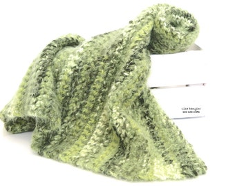 Soft Crochet Baby Blanket , Newborn Blanket , Chunky Baby Blanket ,Baby Blanket