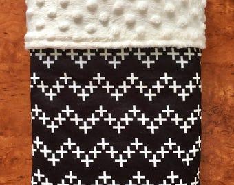 SALE: Handmade Minky Blanket, Bassinet Blanket, Pram Blanket, Black & White