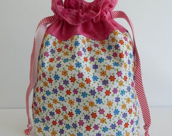 Knitting Project Bag / Medium Size / Crochet Project Bag / Drawstring Bag / Makeup Bag