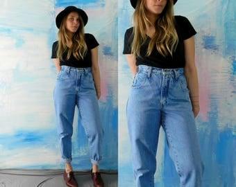 Women's ZENA VINTAGE 1990s High Waisted Light Acid Wash Jeans // 90s Acid Washed Mom Jeans Size 6 // High Waist Acid Washed Jeans / Waist 28