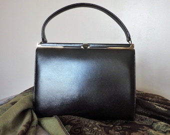 1950's Kelly Style Handbag / Brown Patent Leather / Genuine Leather Lining / Made in Canada / Single Top Handle / Mid Century / Mad Men
