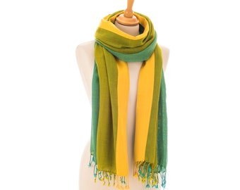 Scarf Stole 100% pure hand-woven wool with mesh texture, with silk border