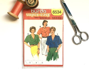 Burda Patterns. 80s Sewing Patterns. Blouse Patterns. Uncut. Top Patterns. Vintage Clothes. French Fashion. Patron couture. French Vintage