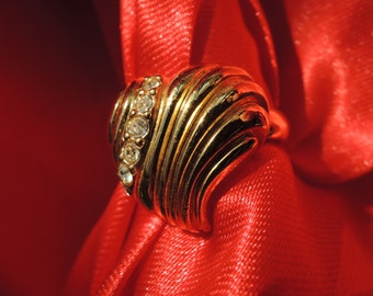Avon Heart Ring Size 7.75