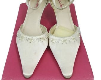 RAINBOW CLUB Shoes 5.5 Ivory w/ Floral Beading Wedding shoes Evening Shoes Prom Shoes Races Bridal Shoes Formal Shoes - Free UK Postage