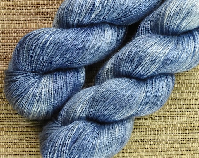 Hand dyed yarn - 100g 100% Silk 4 ply/ fingering weight in 'Indigo' - With free cowl pattern