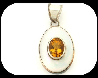 New 925 sterling silver Mother Of Pearl & Citrine PENDANT