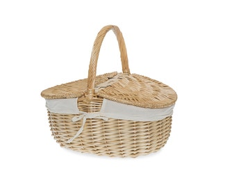 Large  Willow Picnic Basket Vintage Style, wicker picnic basket with lid,sewing basket, photo prop, craft supply, picnic hamper