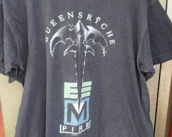Queensryche , 1990 empire !! original vintage t shirt Europe tour 91 . Size L .