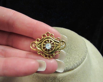 Vintage Goldtone & Moon Glass Beaded Pin
