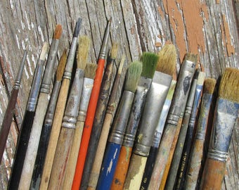 20 Vintage Artists Paint Brushes - Used - All Sizes